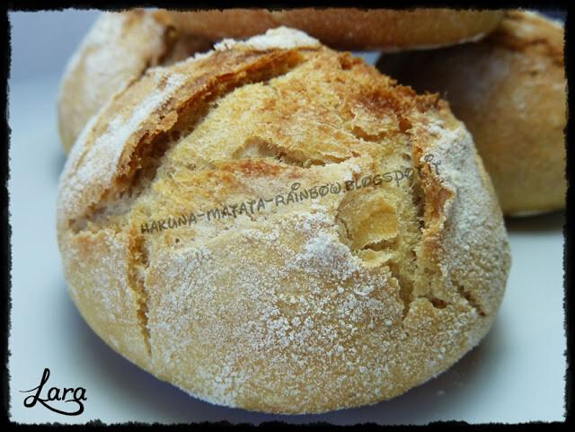 Pagnottine di semola di grano duro macinata a pietra con lievito naturale