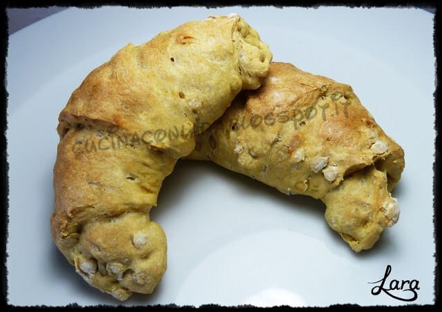 Croissant salati con farina soffio di mais