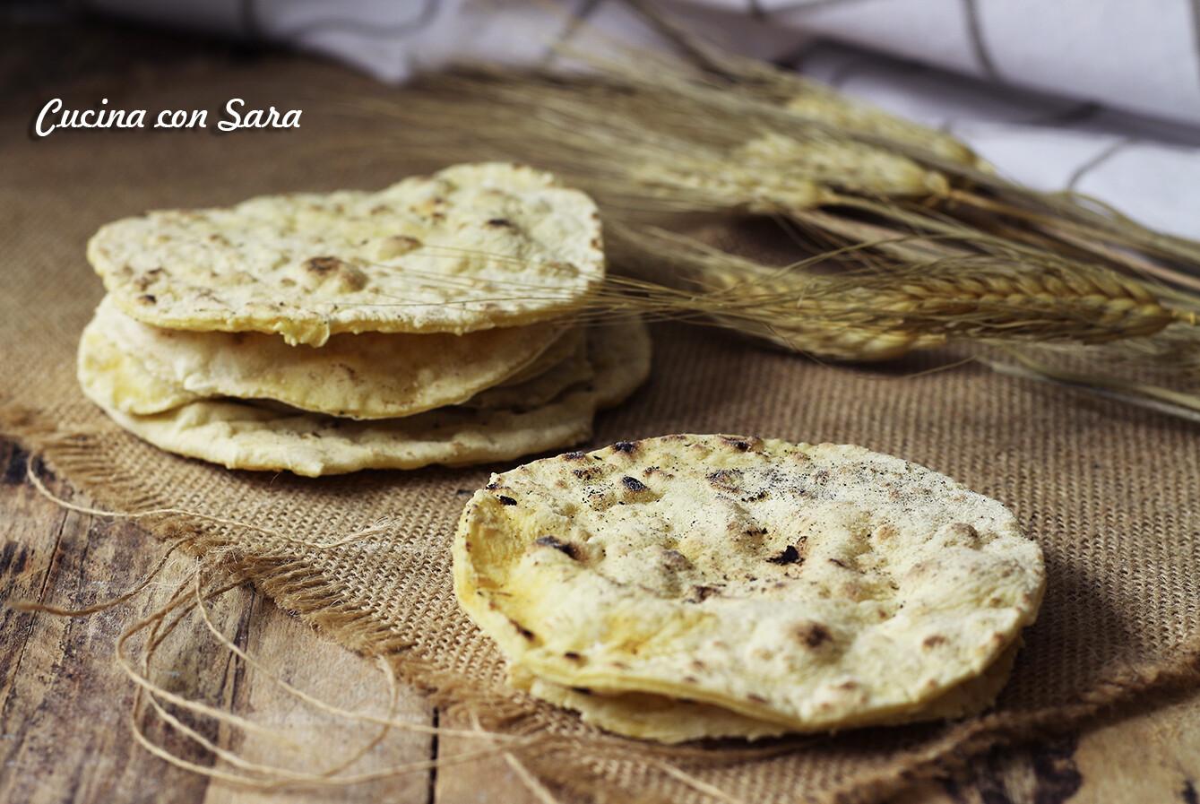 Sfoglie di pane senza lievito e senza olio   Arifa Farina Bio