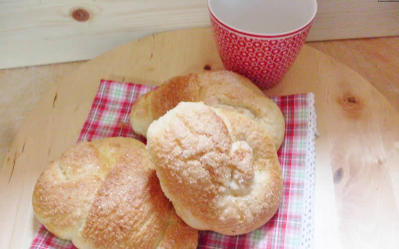 Brioche con pasta madre | Pasta Madre Essiccata con Lievito
