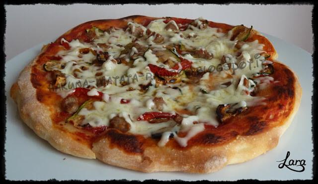 Pizza con pochissimo lievito cotta nel pizza express