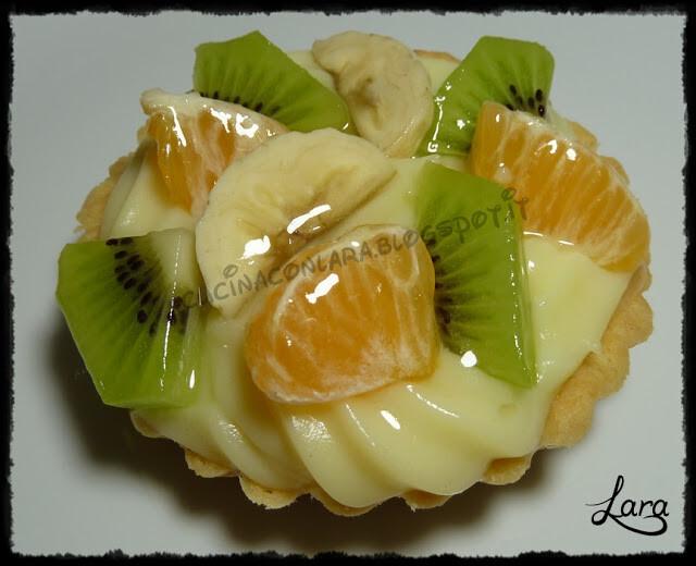 Tortine di frutta con frolla matta