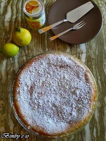Crostata versata farcita di crema al limone