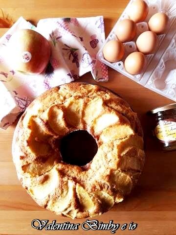 Ciambella integrale alle mele senza lattosio, ricetta Bimby
