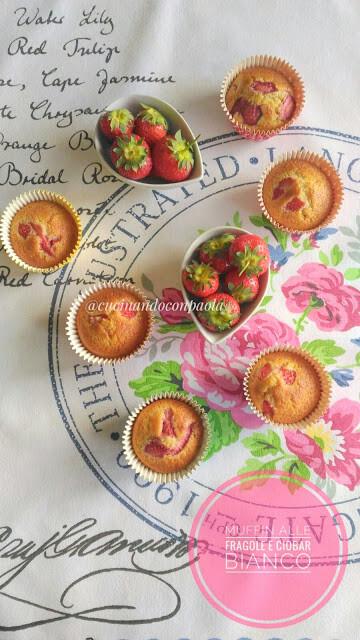 Muffin alle Fragole e Ciobar bianco